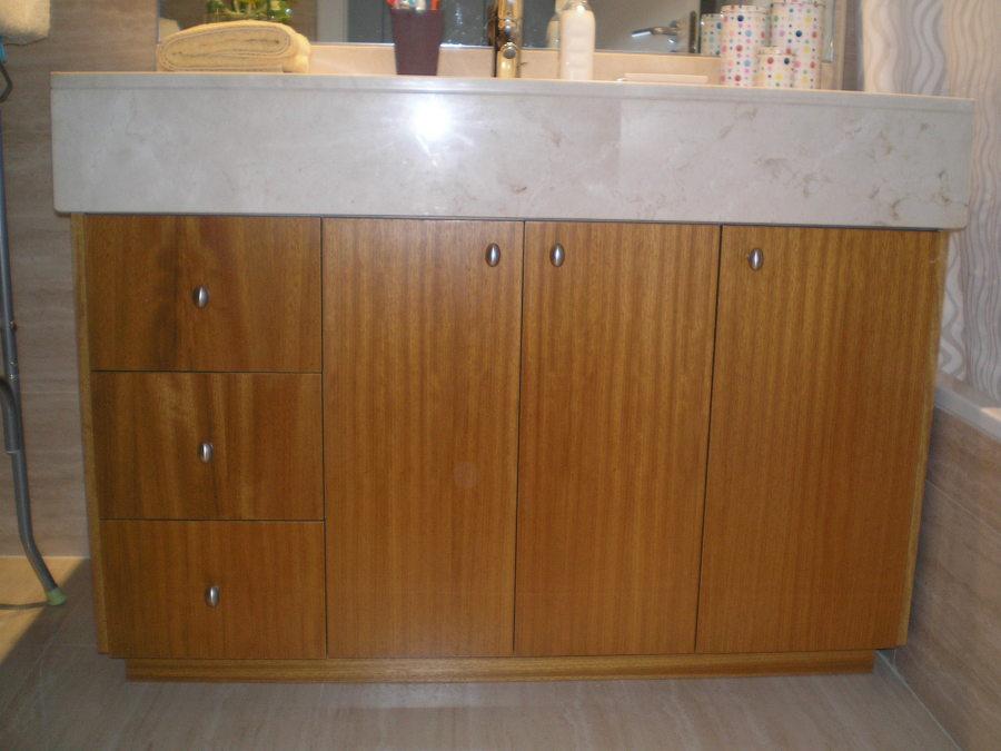 Foto mueble ba o bajo encimera obra de j a c cocinas y - Muebles de obra para banos ...
