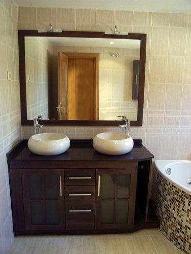 Mueble con con lavabo tipo bol