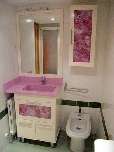 Foto Mueble con Lavabo Integrado con Toallero y Auxiliar de Muebles