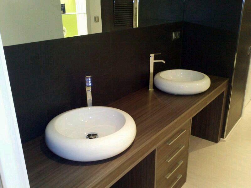 Foto mueble de ba o a medida de opyfex fusters barcelona for Medidas mueble bano