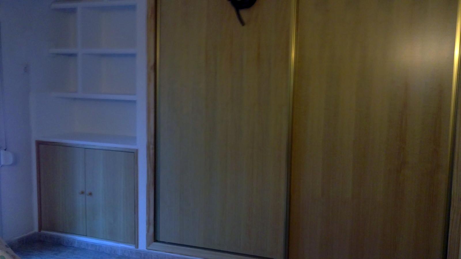 Foto mueble de escayola y armario empotrado de f b - Mueble de escayola ...