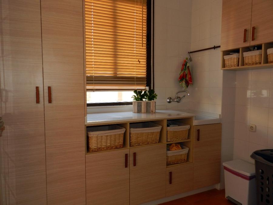 Foto mueble lavadero a medida de muebles de cocina for Lavadero medidas