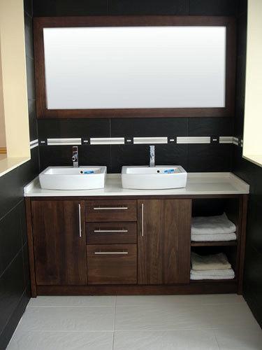 Encimeras Baño Wengue:Foto: Mueble Wengue con Encimera Compac Blanco Micro de Muebles De