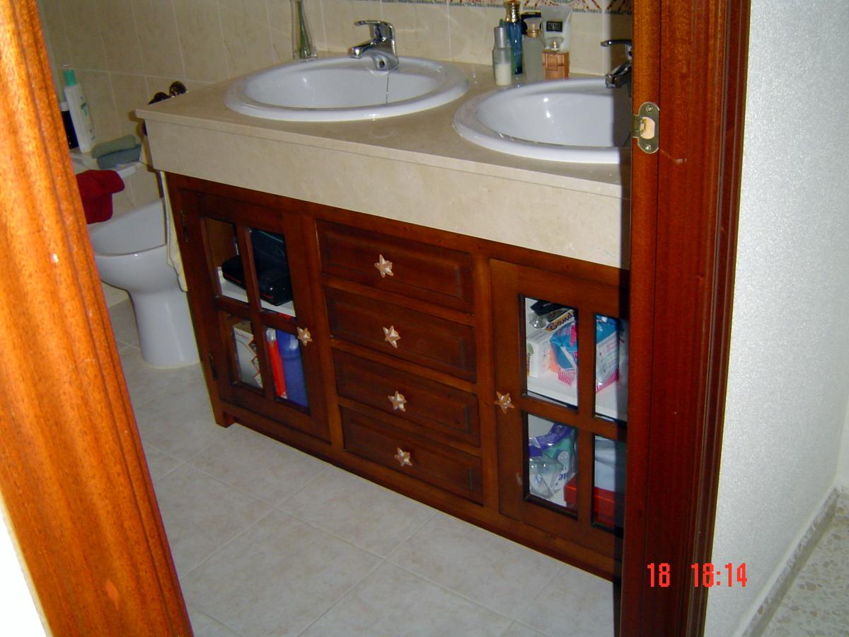Foto muebles de ba o de carpinteria valencia 281165 - Muebles de bano alicante ...