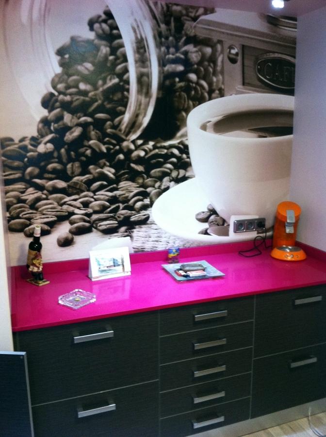Foto muebles de cocina y papel pintado decorativo de for Muebles de cocina zamora