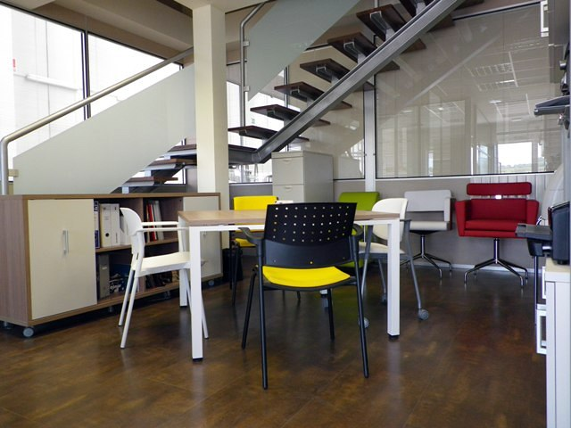 Foto ofimo muebles de oficina de ofimo 275683 habitissimo for Muebles de oficina ourense