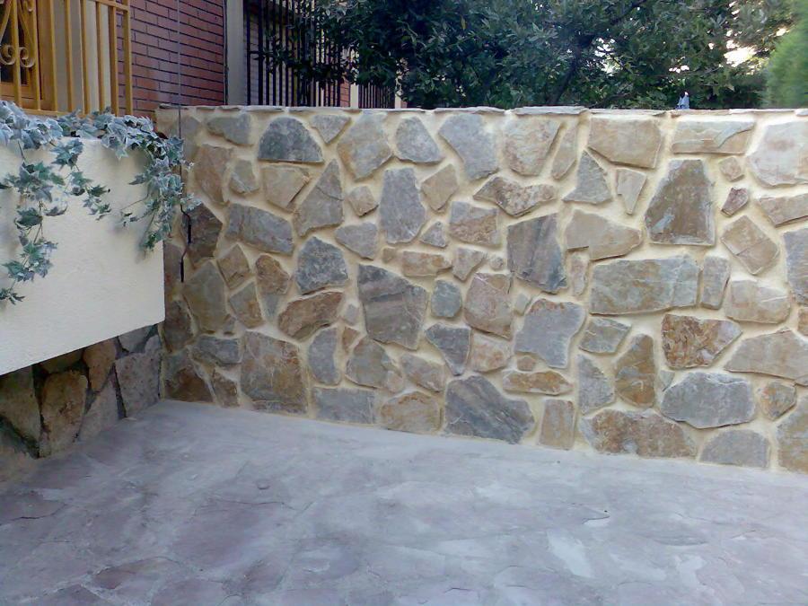 Foto muro chapado de piedra natural de solucionalo hoy - Muro de piedra natural ...