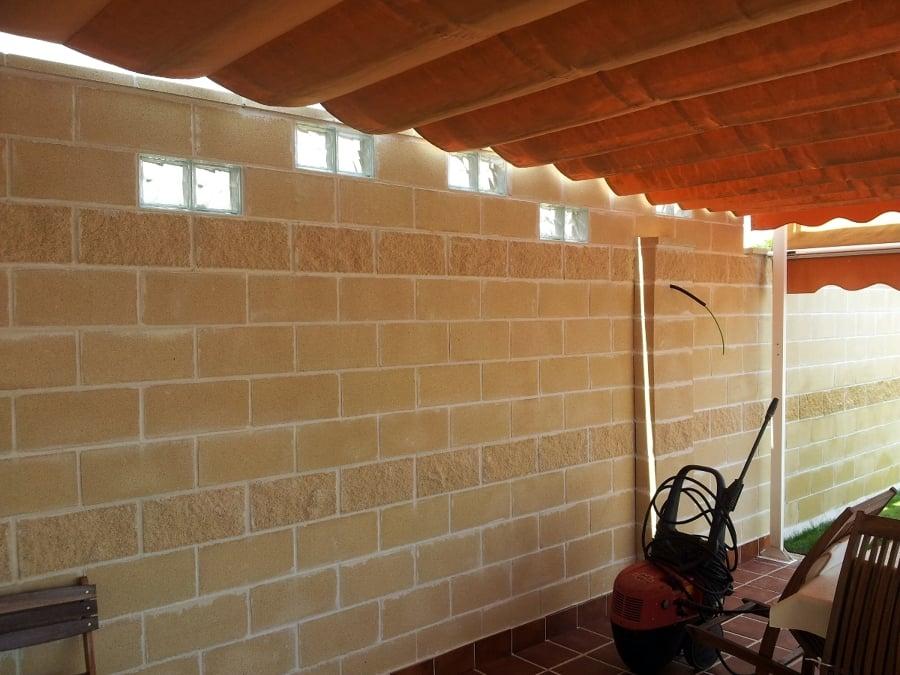 Foto muro de bloques con paves de - Bloques de paves ...