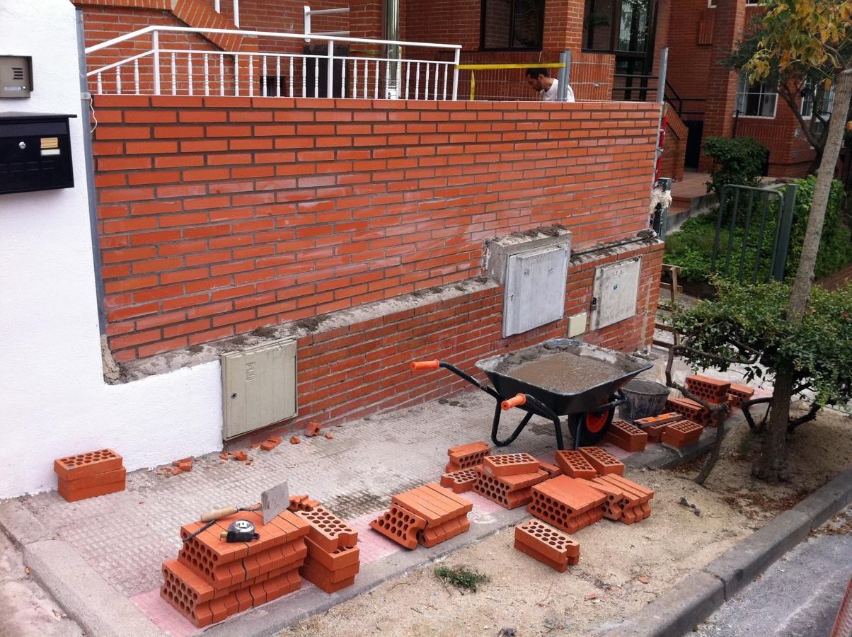 Foto muro de ladrillo visto de jocair 152997 habitissimo - Muros de ladrillo visto ...