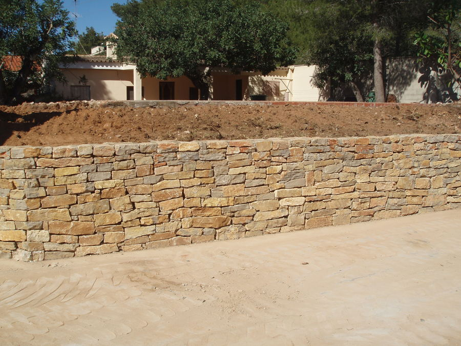 Foto muro de piedra de muros de piedra 634991 habitissimo - Imagenes de muros de piedra ...