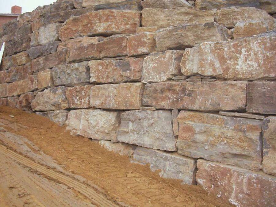 Foto muro escollera piedra natural de excavaciones y demoliciones s l 542695 - Como colocar piedra natural ...