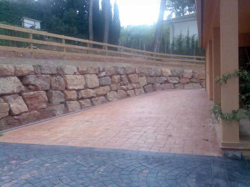 Foto muros de piedra y vallado de fincas de excavaciones for Vallado de fincas precio