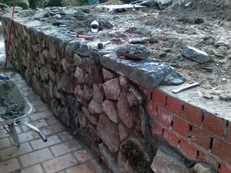 Foto muros revestidos de piedra de jesus zorita 376339 - Muros de contencion de piedra ...