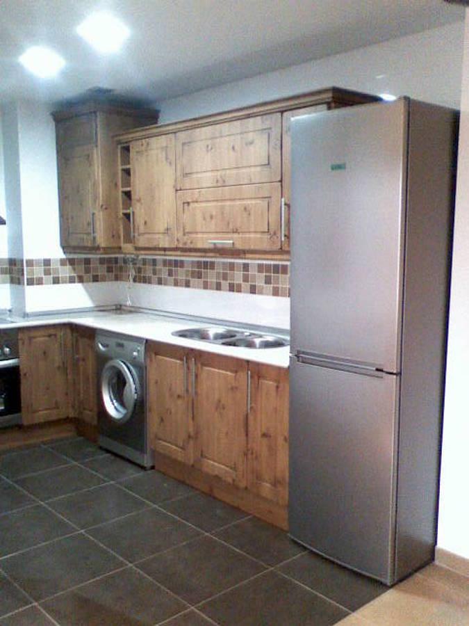 Foto cocina r stica de carpinteria s nchez 485671 for Muebles sanchez zaragoza