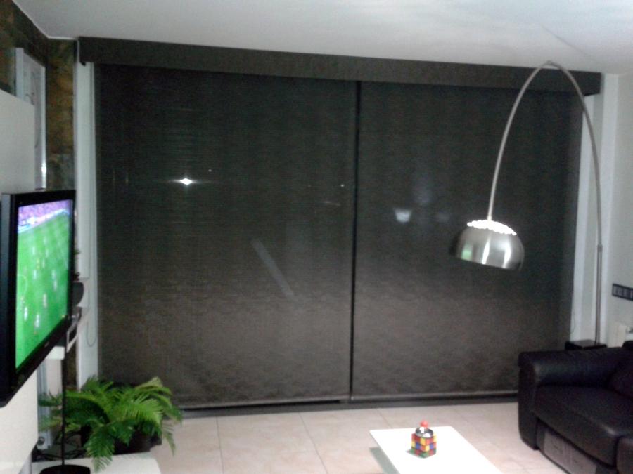 Cortina interior tipo vertical