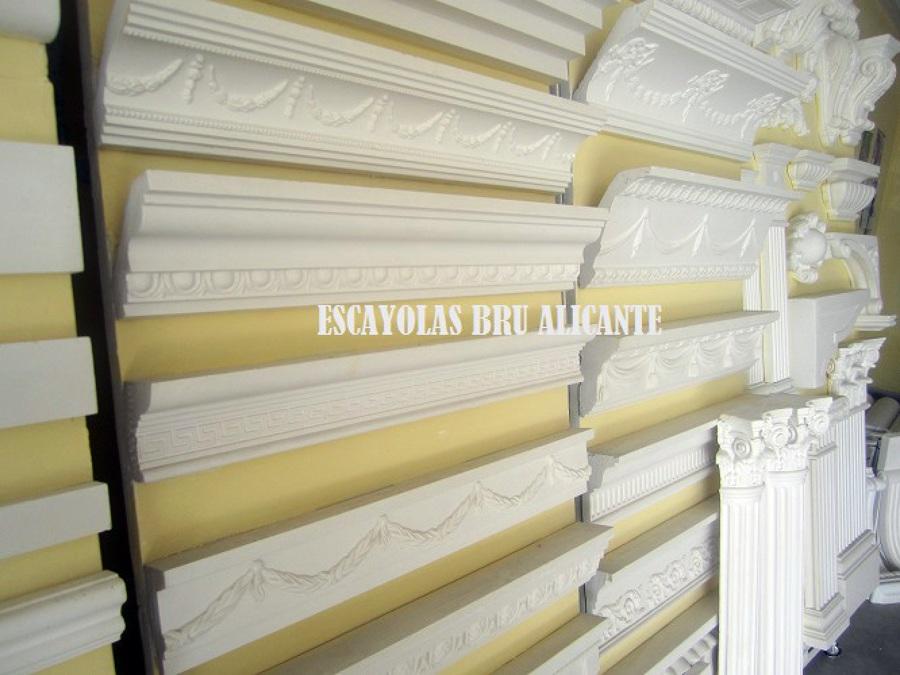 Foto molduras de escayola clasicas y de dibujo http - Como colocar molduras de escayola ...
