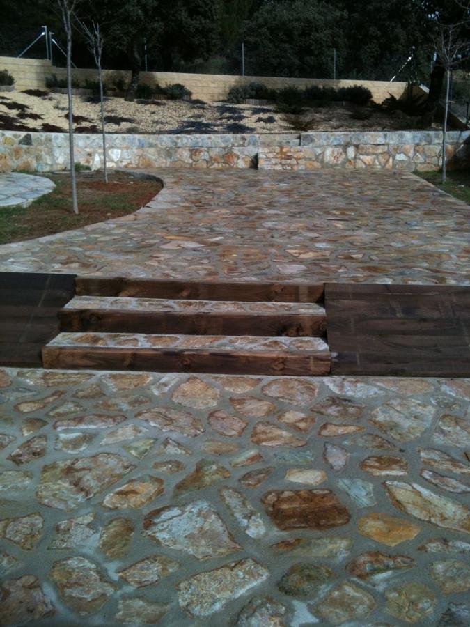 Foto construccion de escaleras de julian reformas 490006 for Construccion de escaleras