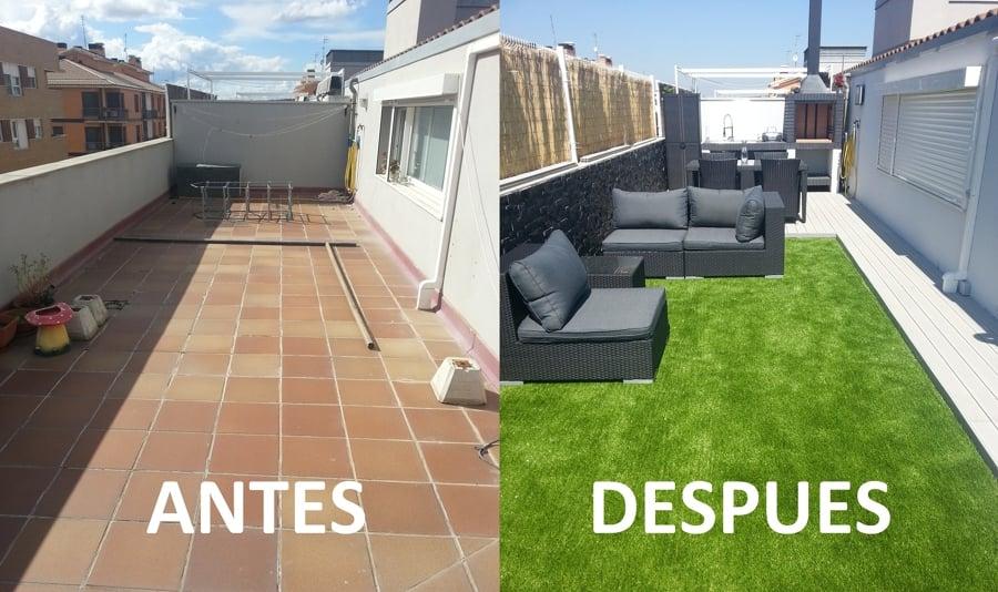 Foto instalaci n en terraza con muebles de in domus for Cesped artificial terraza