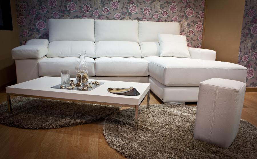 Foto sof chaise longue sevilla de karann 493516 for Sofas modernos sevilla
