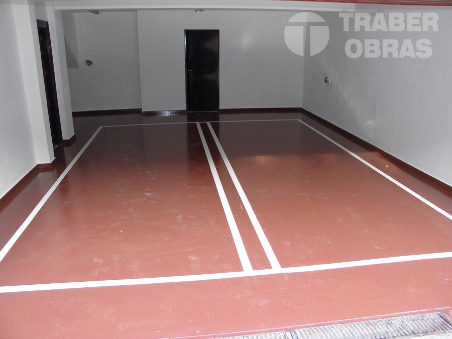 aplicacion de pintura epoxi en pavimento de garaje por Traber Ob