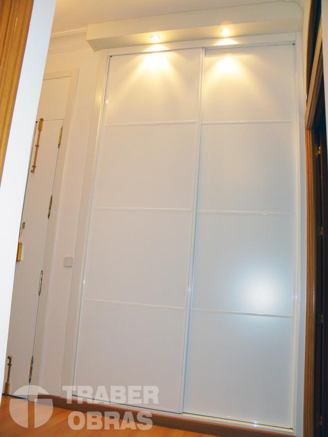 armario empotrado tipo panel japones en Madrid por Traber Obras.