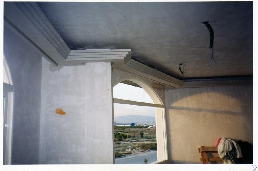 Foto moldura decorativa para luz indirecta de escayolas y - Cornisas para luz indirecta ...