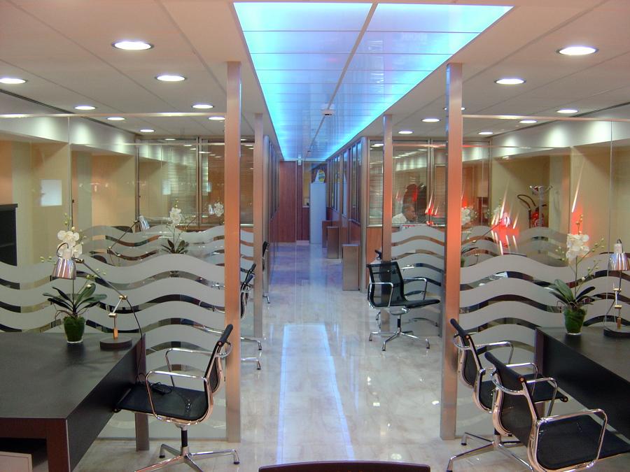 Foto oficinas y despachos de jumail interiorismo y for Despachos y oficinas
