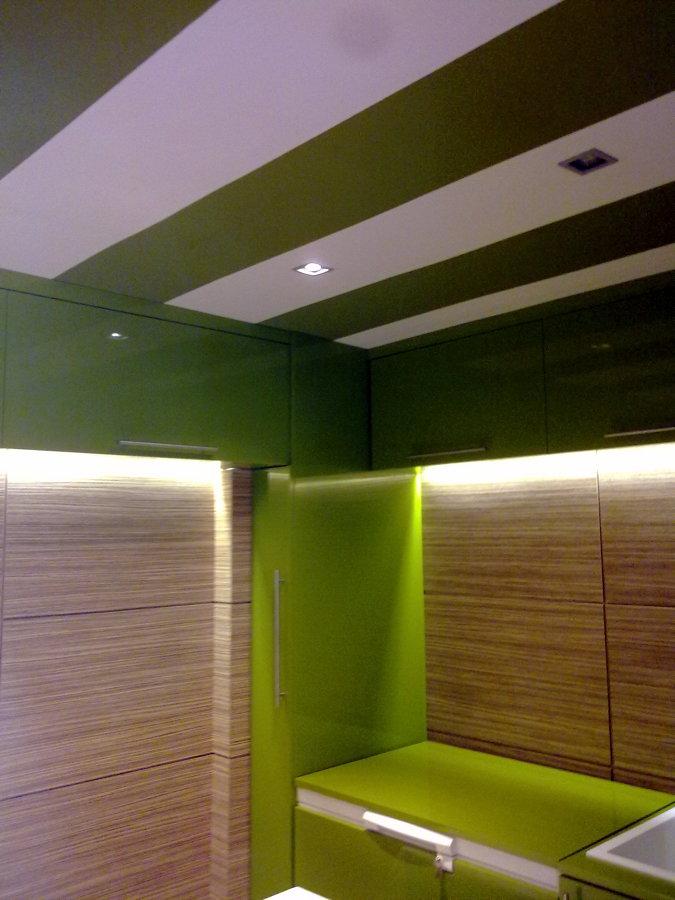 foto ofix pintura plastica techo dos colores de pintura. Black Bedroom Furniture Sets. Home Design Ideas