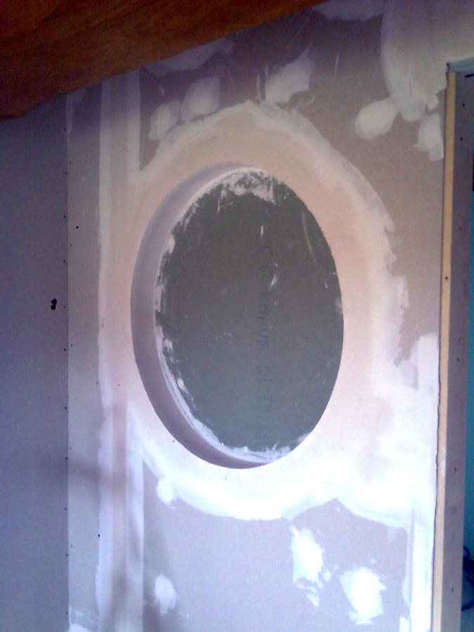 Ojo de buey para posterior colocacion de cuadro decorativo