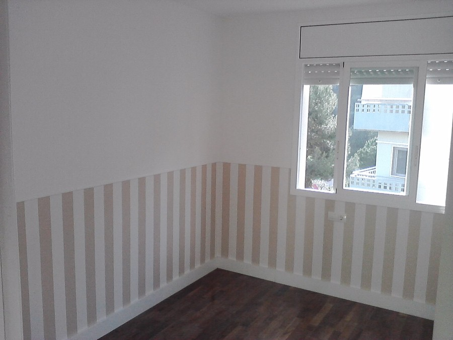 Foto pintura habitacion y papel pintado de - Habitaciones con papel pintado y pintura ...
