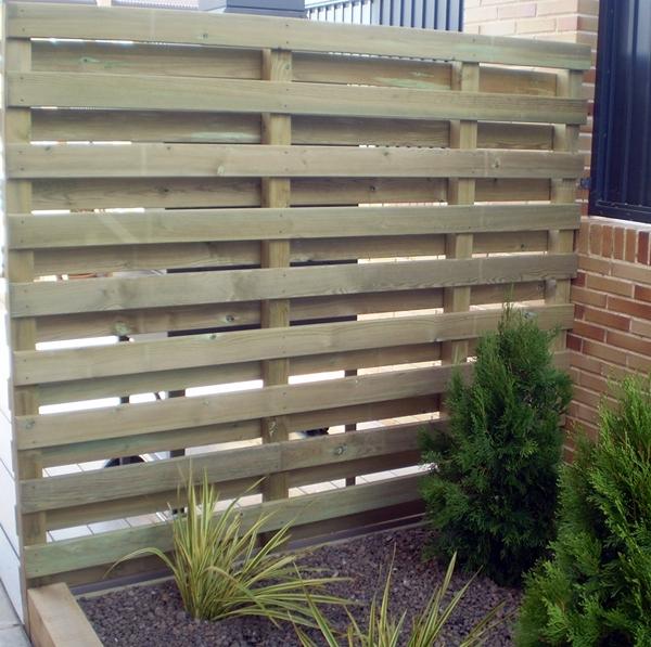 Foto panel de madera de jard n y casa 146249 habitissimo - Paneles madera jardin ...