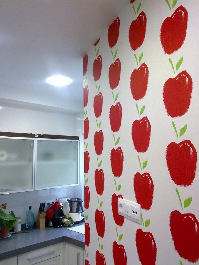 Foto papel pintado vinilico en cocina de pintura for Papel vinilico para cocinas