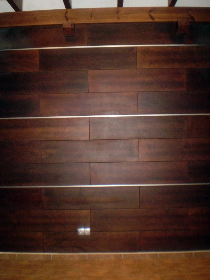 Foto pared de madera de campu dise o 304671 habitissimo - Revestir pared con madera ...