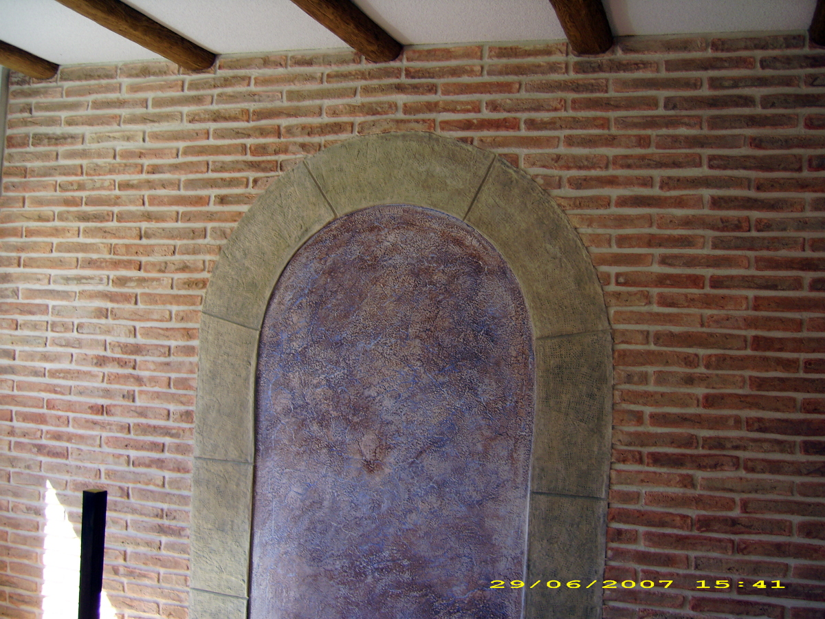 Pared de salon en pintura decorativa rustica texturon naturpiedra