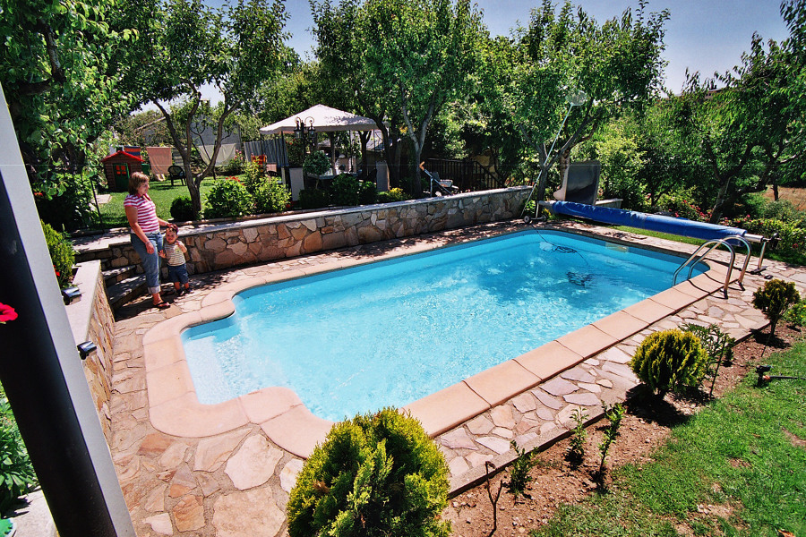 foto piscina de poliester de piscinas dama 1055502