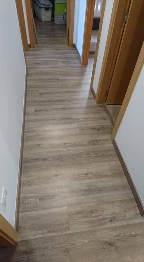 Foto suelo laminado de chriscat obres s l l 1246579 - Presupuesto suelo laminado ...