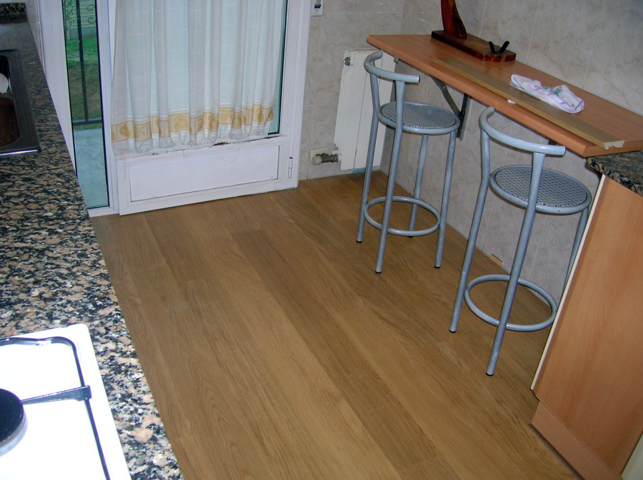 parquet quick step salle de bain best parquet flottant salle de bain quick step with parquet. Black Bedroom Furniture Sets. Home Design Ideas