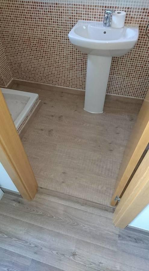 Foto suelo laminado de chriscat obres s l l 1246578 - Presupuesto suelo laminado ...