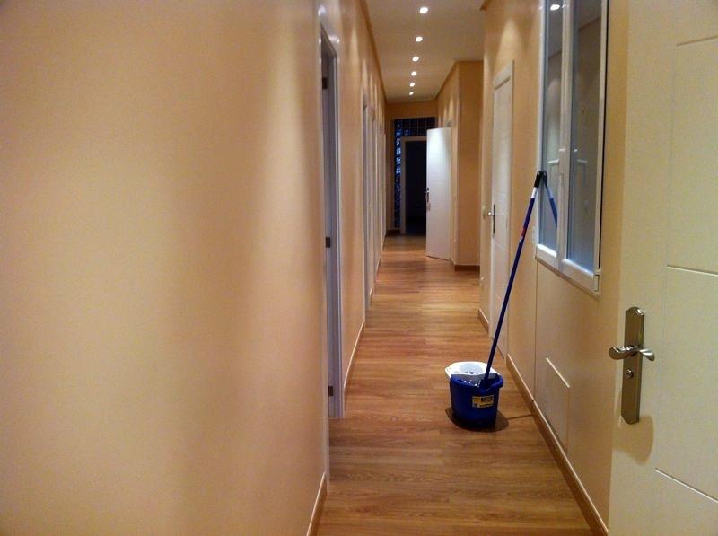 Foto pasillo despues de reformas y servicios inna 388628 - Reformas y servicios ...