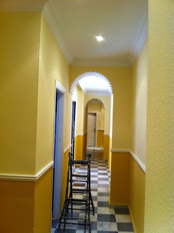 Foto pasillo de jos manuel jim nez pintura y decoraci n - Pintura para pasillos ...