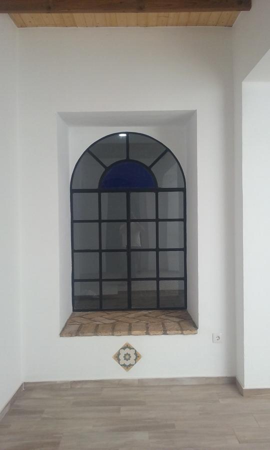 Vista ventana decorada