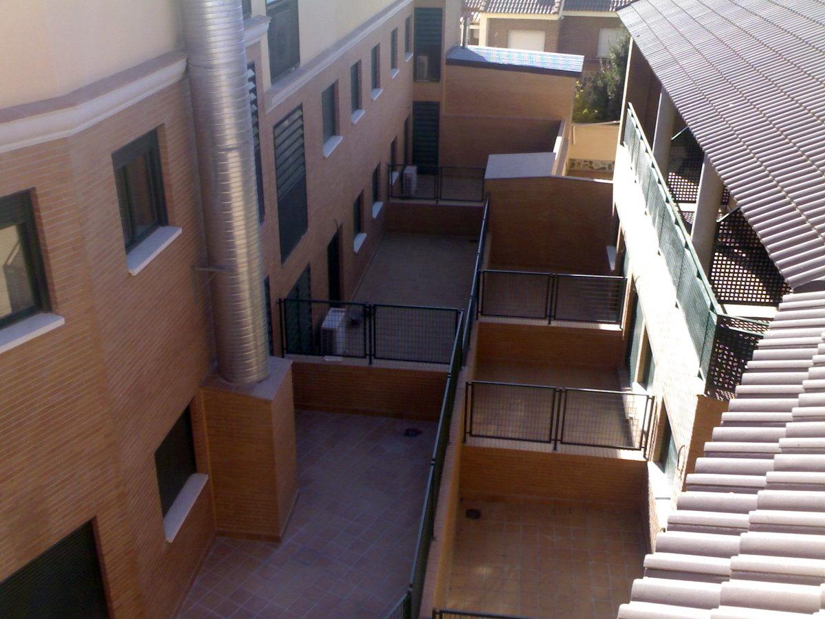 Foto patios interiores de a p c b 226616 habitissimo for Fotos patios interiores