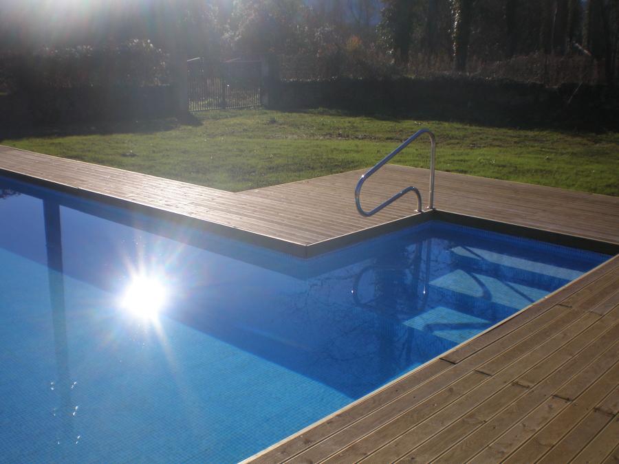 La piscina en Otoño