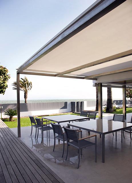 Foto p rgola con toldo veranda de felago persianas toldos for Pergola toldo corredero