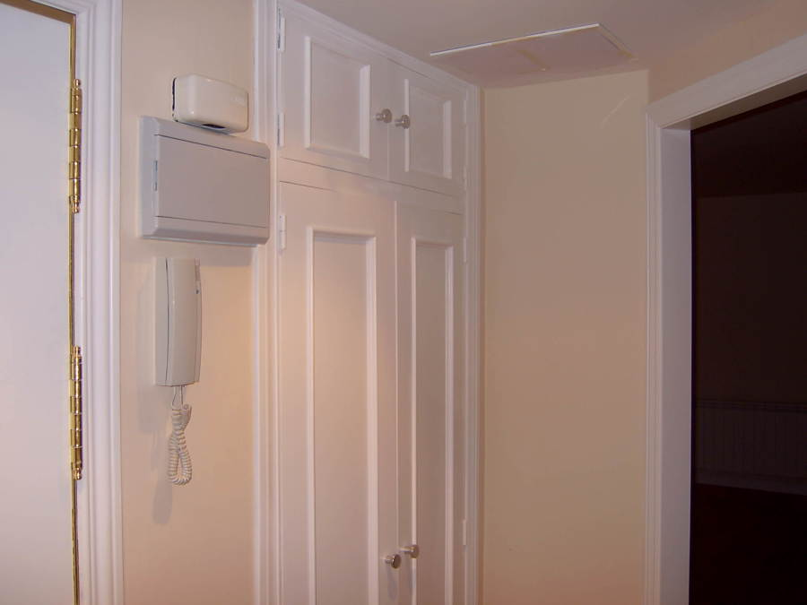 Lacado de armarios y puertas.