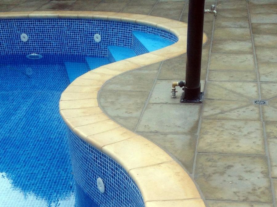 foto piedra coronaci n piscina fabistone de radu marin