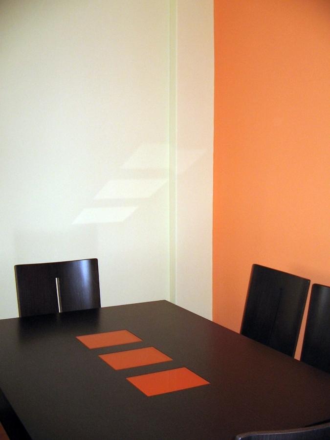 Foto pintura de dos tonos de reformas integrales - Tonos de pintura ...
