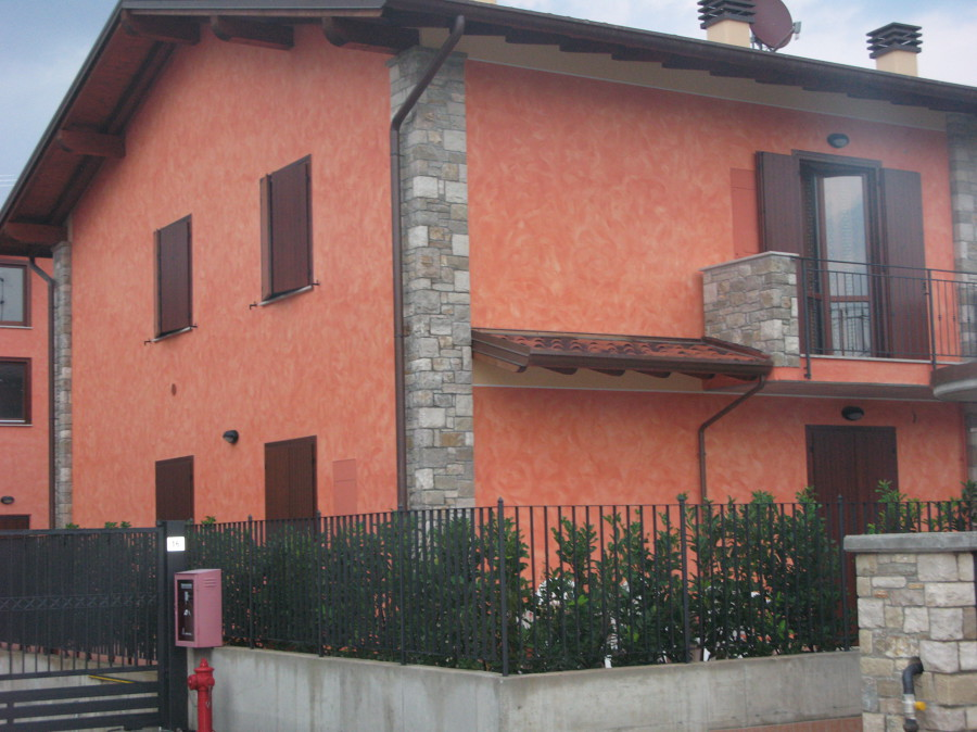 Pintura de fachada en Puig de Ros