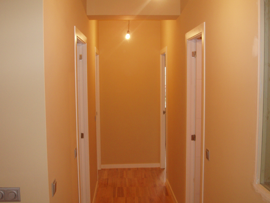 Foto pintura en pasillo de pintores antonio rodriguez - Pinturas para pasillos ...