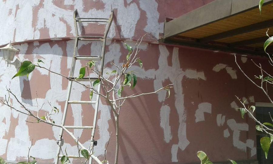 pintura exterior balcón de edifico 1.JPG